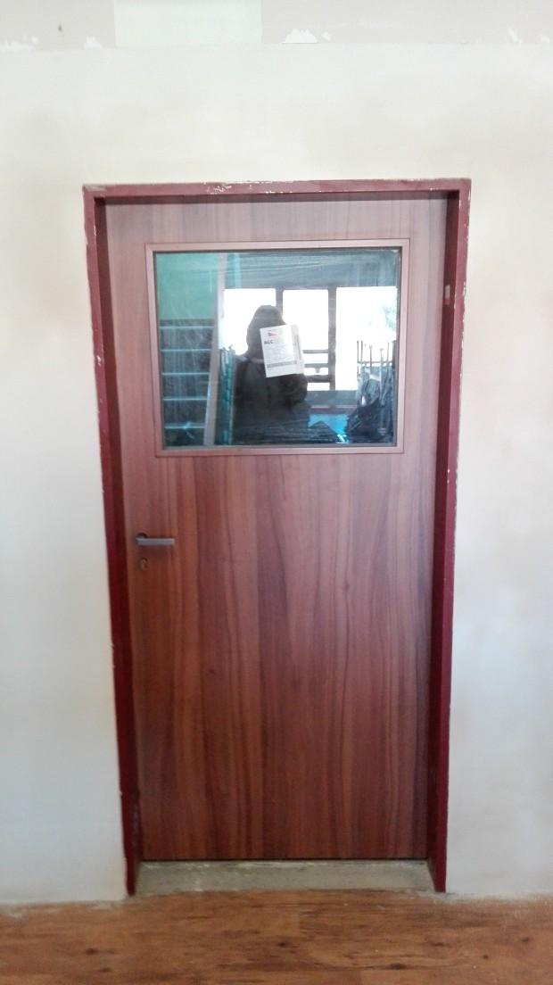 vymena-vchodovych-dveri-na-1-patro